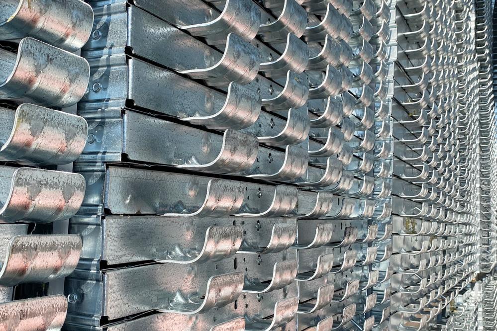tavole-metalliche-per-ponteggi